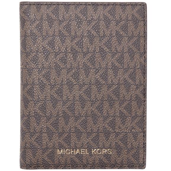 Michael Kors Handbags - Michael Kors passport holder